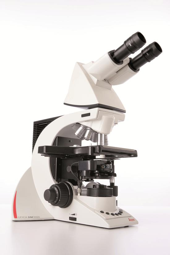 Прямой микроскоп Leica DM3000