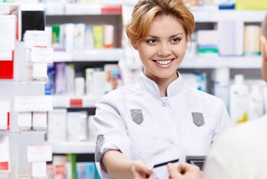 720h380_0003_bigstock-The-pharmacist-sells-the-medic-32548277-535×360-c-default